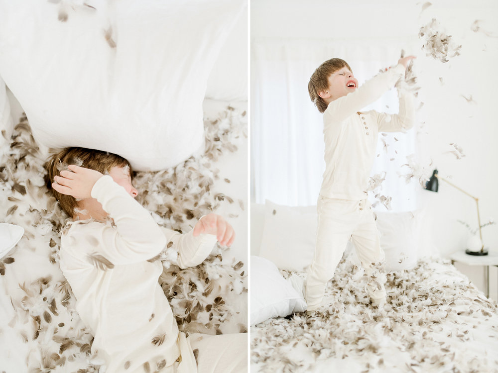 5yearoldphotoshootpillowfight10.jpg