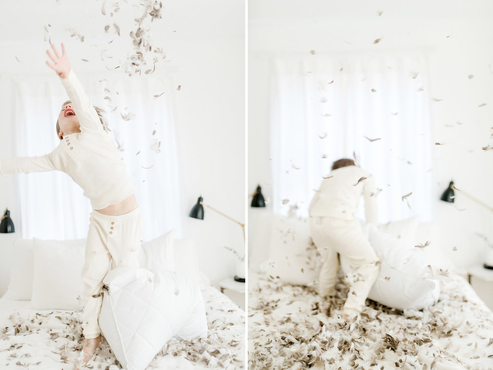 5yearoldphotoshootpillowfight12.jpg