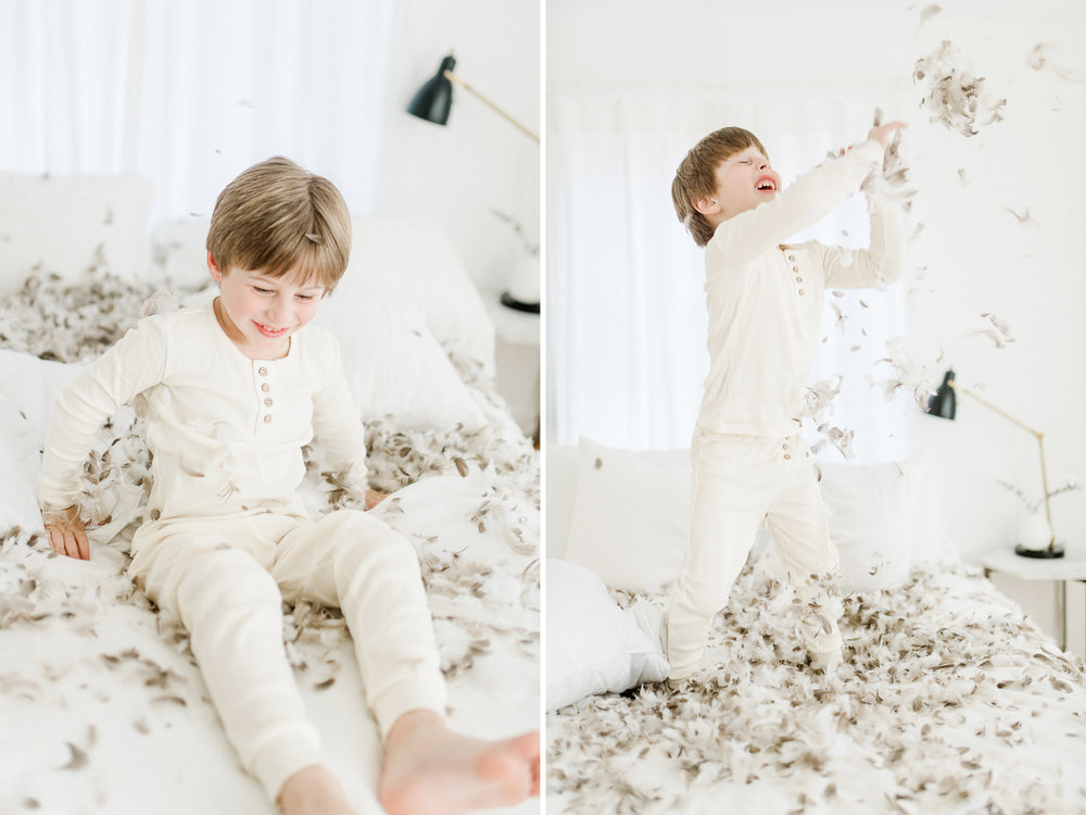 5yearoldphotoshootpillowfight13.jpg