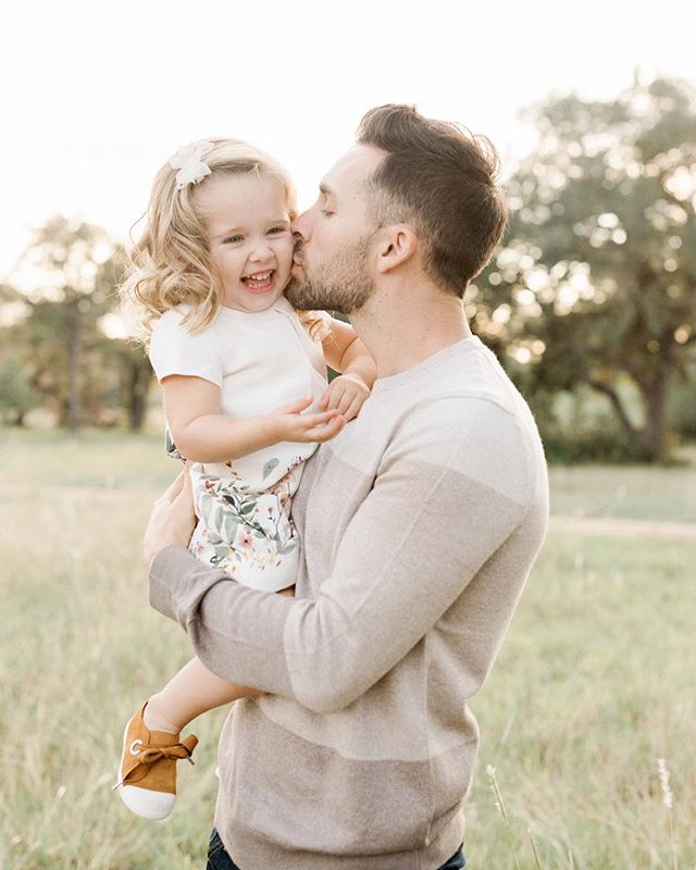 I know Mother's Day is right around the corner but how sweet is this daddy and daughter duo