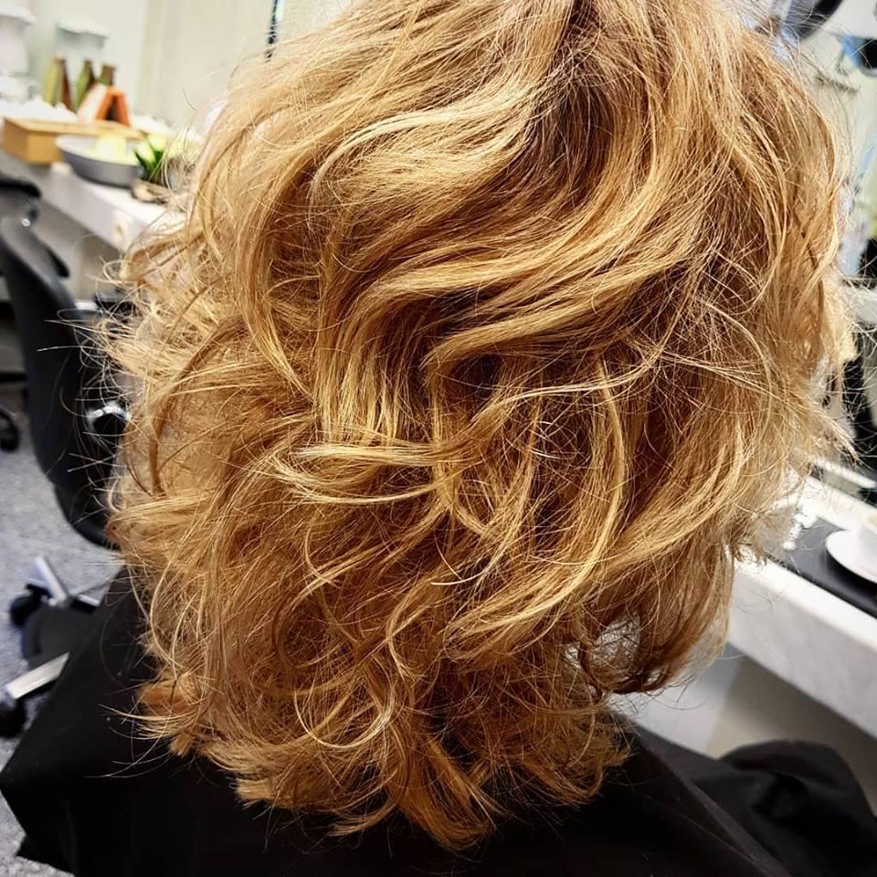 blondewaves.jpg