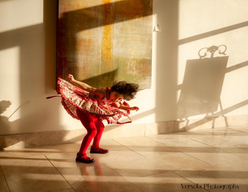 Dance-Caroline_8halfx11in_300ppi_ARV5317_web25.jpg