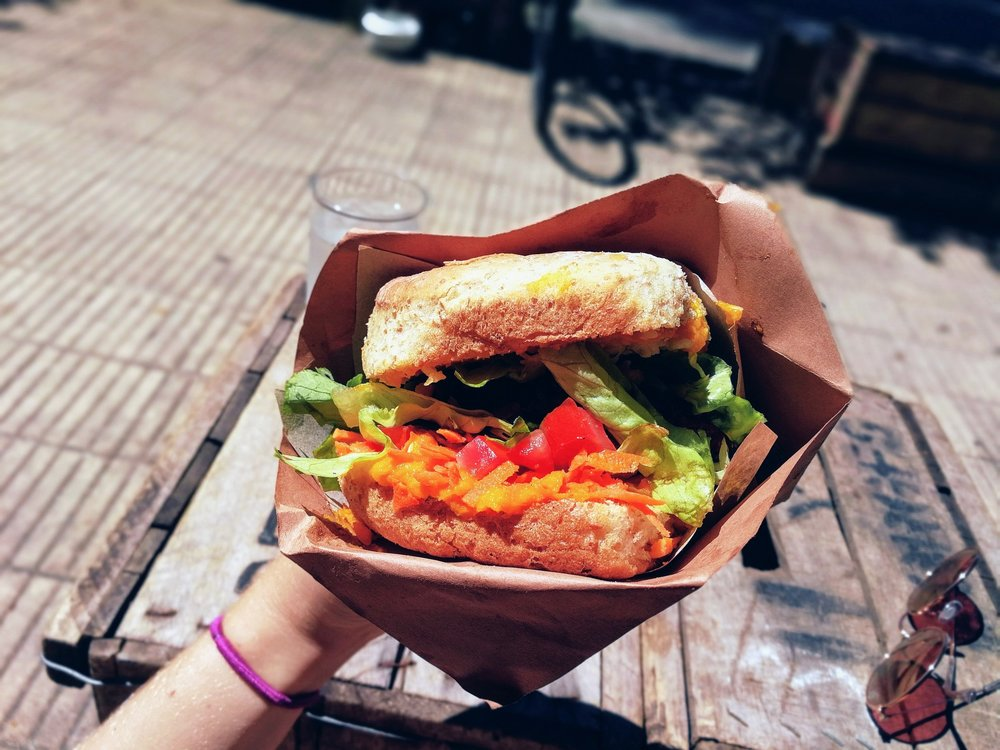 vegan wraps montevideo burger hamburgesa vegana