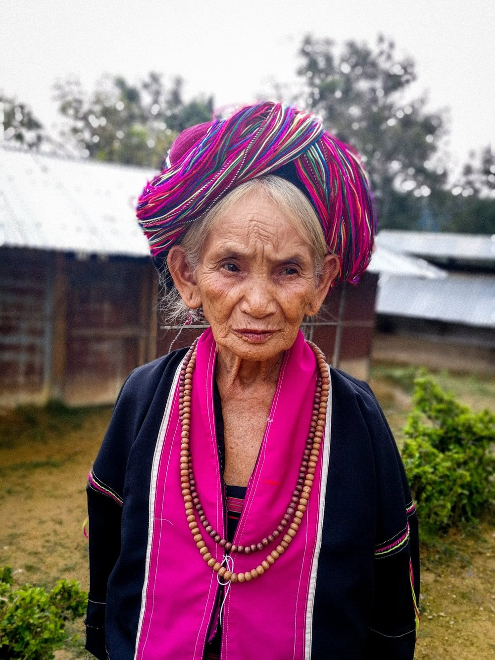Travel photography by Rose Cornwell. Myanmar Photo: The Palaung or Ta'ang are a Mon–Khmer ethnic minority found in Shan State of Burma, Yunnan Province of China and Northern Thailand.