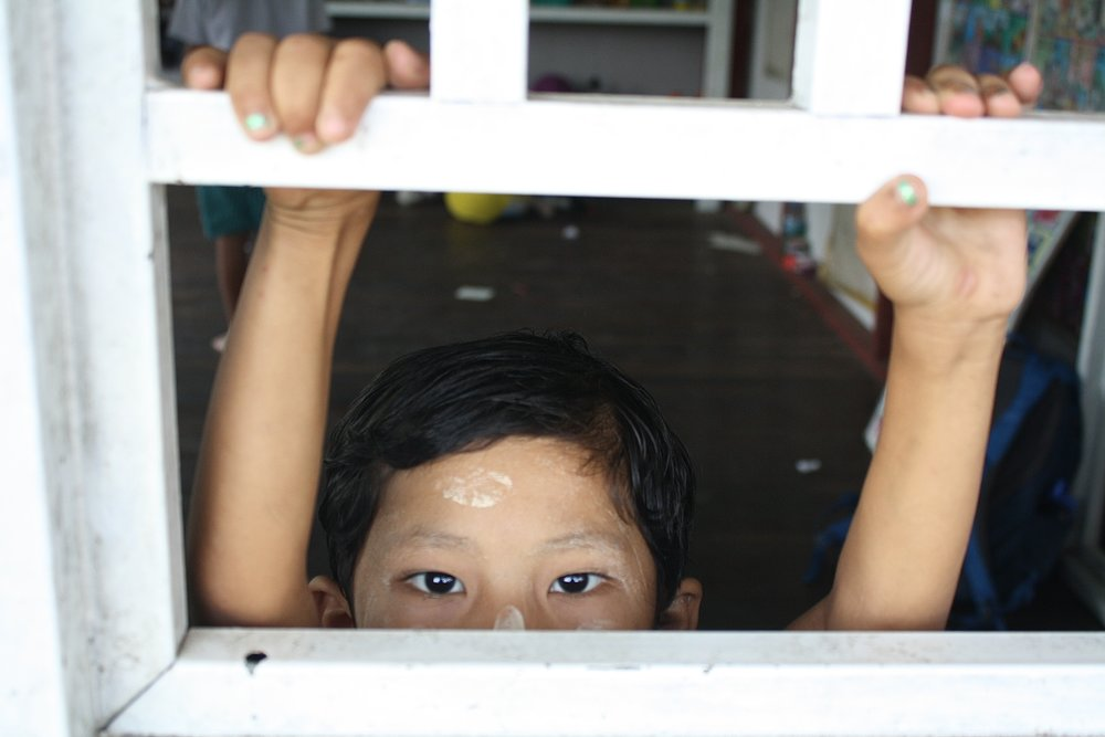 photos that will make you want to visit myanmar. These are the children of Burma.
