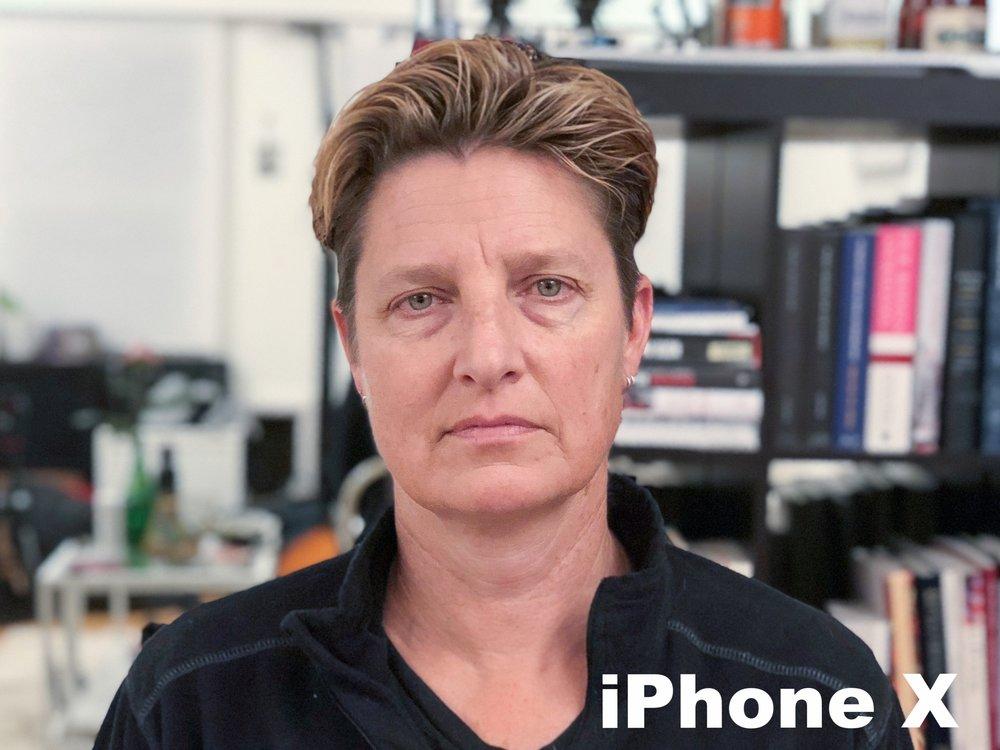 iPhone X(Natural Light).jpg