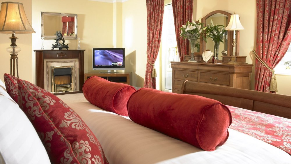 bridge-house-hotel-tullamore-bedroom.jpg