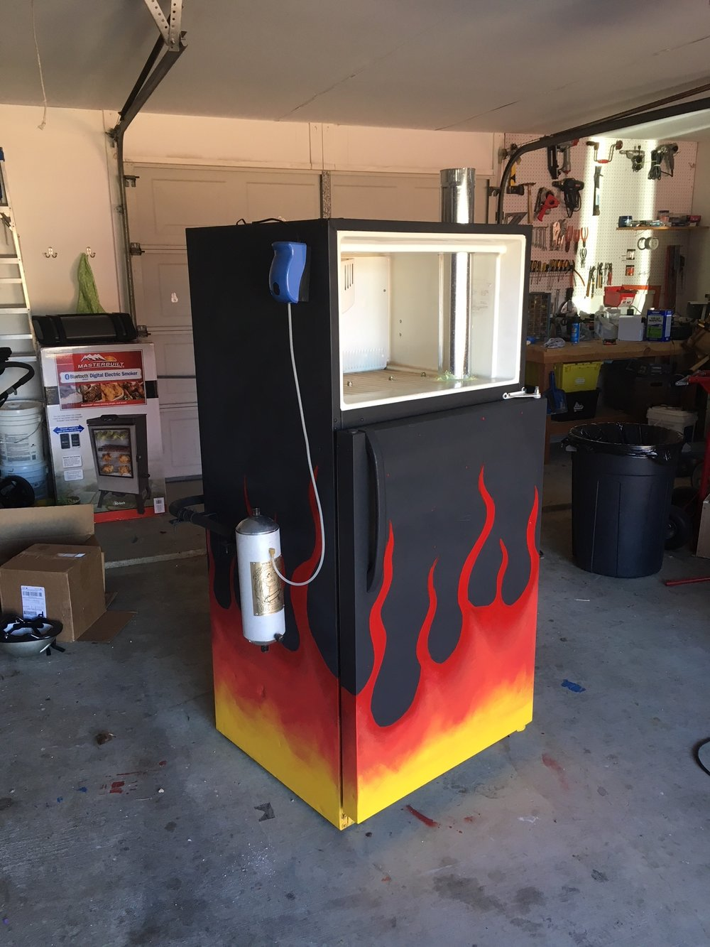 project:fridge smoker - might as well make it with a little style, right?