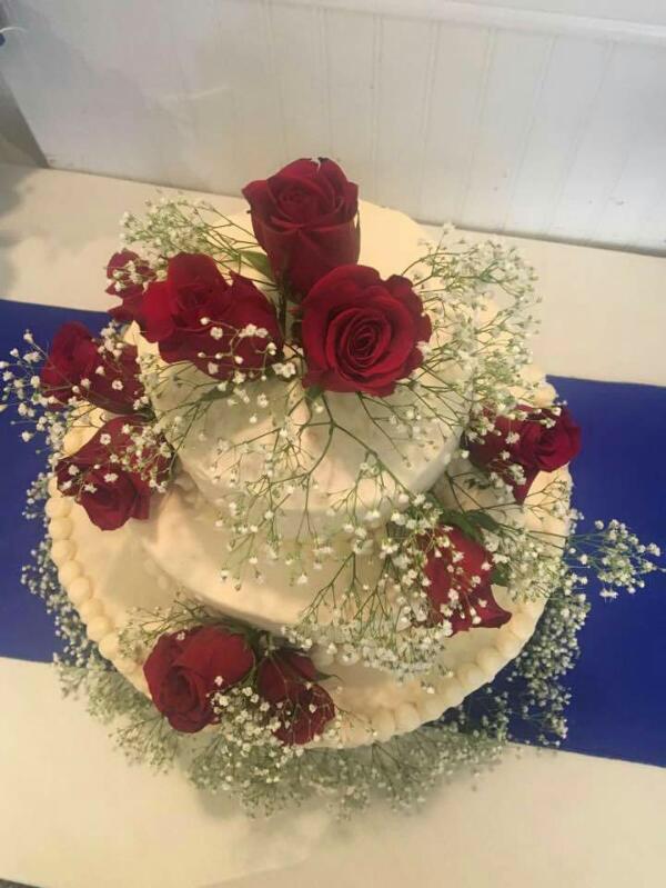 rose_wedding_cake.JPG