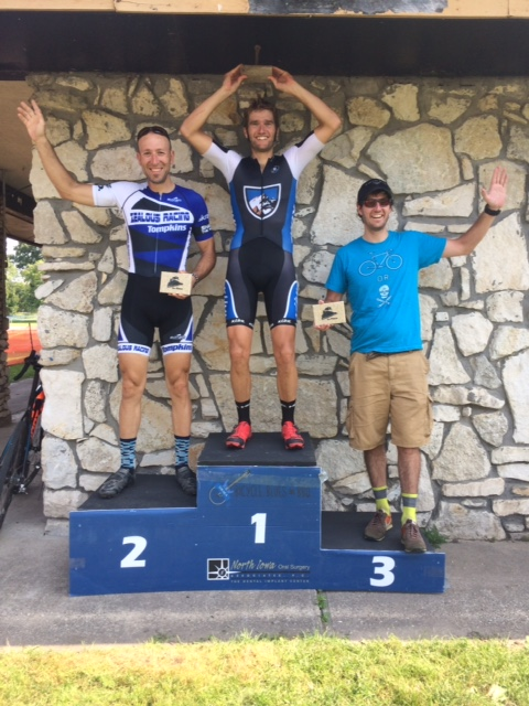 Jesse Rients wins Cannonball Cross in the 35+ Men.