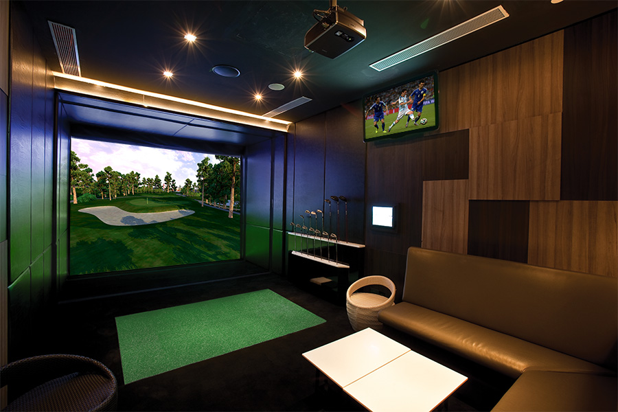 Full-Swing-Golf-Puts-Golf-Simulators-in-the-Hands-of-SpringDeck-Users
