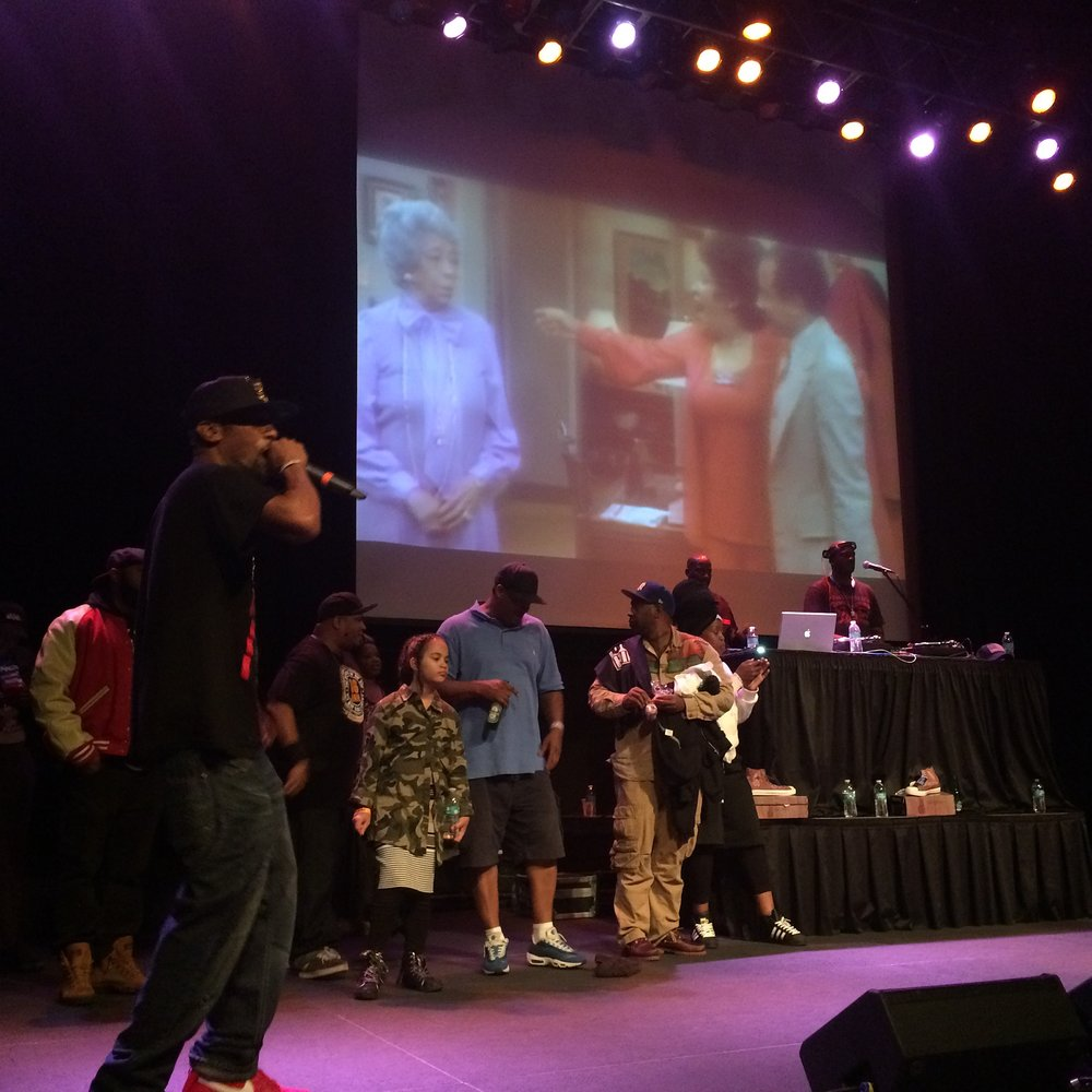 GlobalHeadphones on stage w:Nubians#2 10:16.JPG