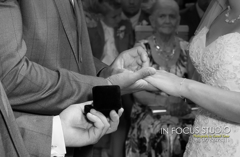 rings-causey-inn-wedding-photo