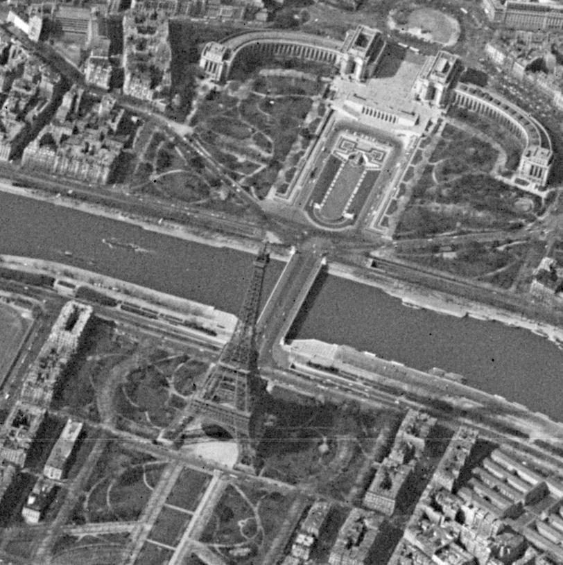 Hexagon photo of Paris .jpg