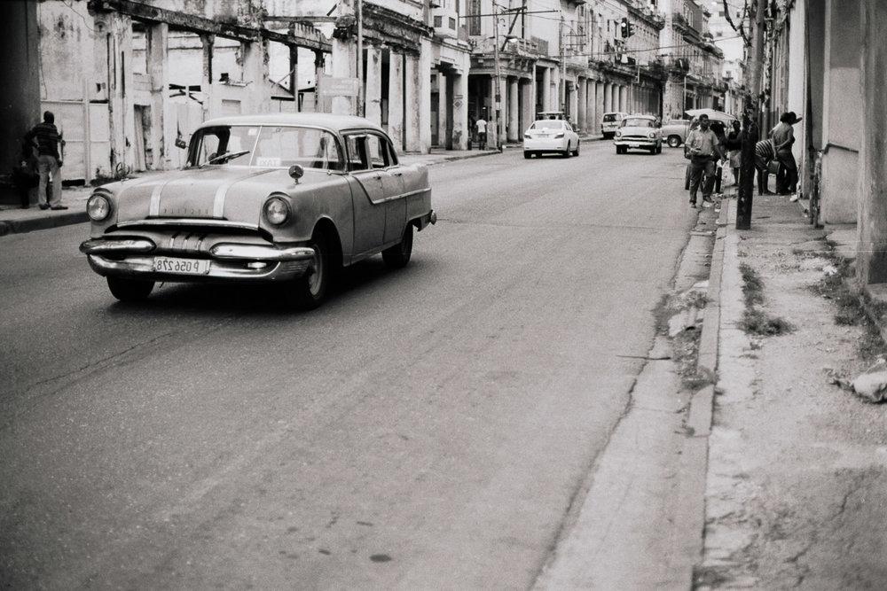 0001-cuba-travelphotography-9-Cuba-TriX400-5.jpg