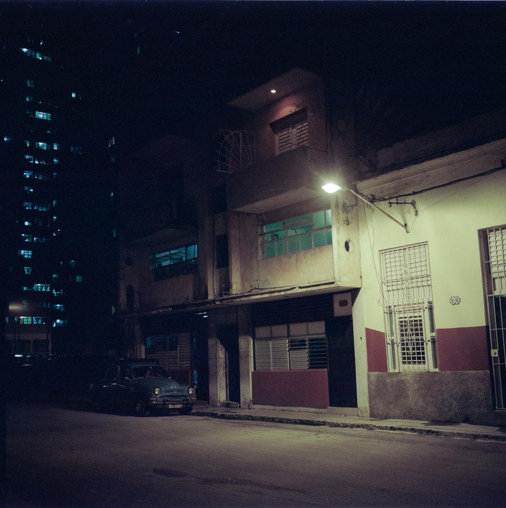 0001-cuba-travelphotography-26-Cuba-Portra-800.jpg