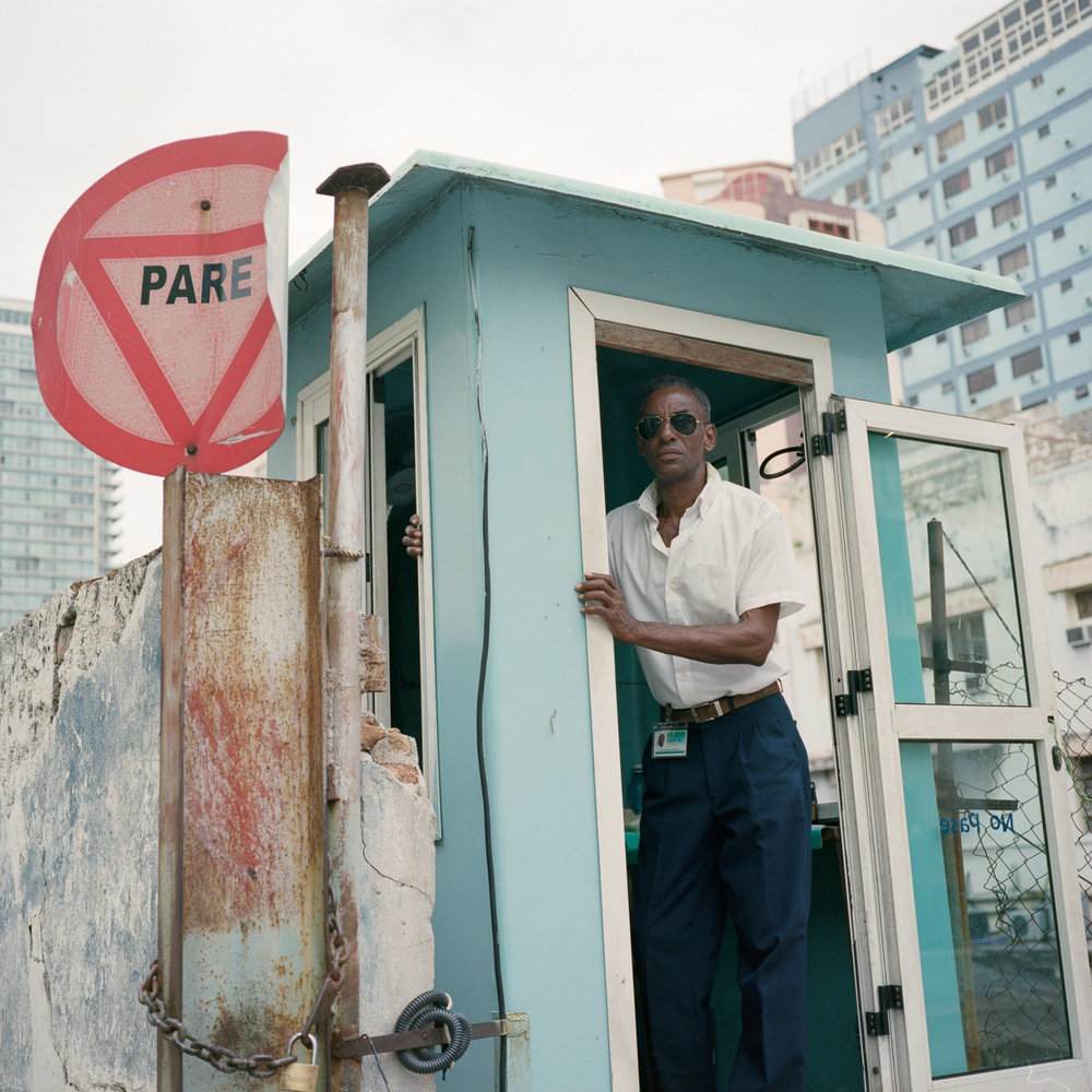 0001-cuba-travelphotography-22-Cuba-Portra-400-5.jpg