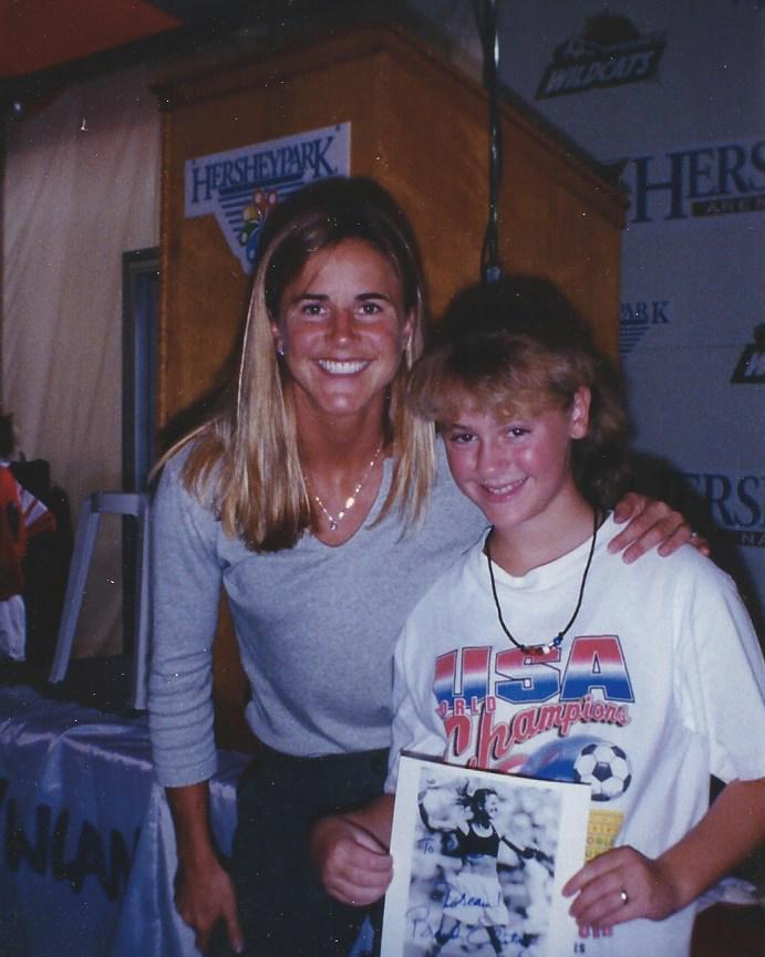 1999-9 Brandi Chastain (1).jpg