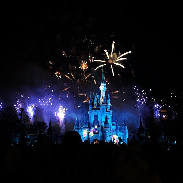 That time #disney used $20,000 worth of fireworks in 20 seconds...