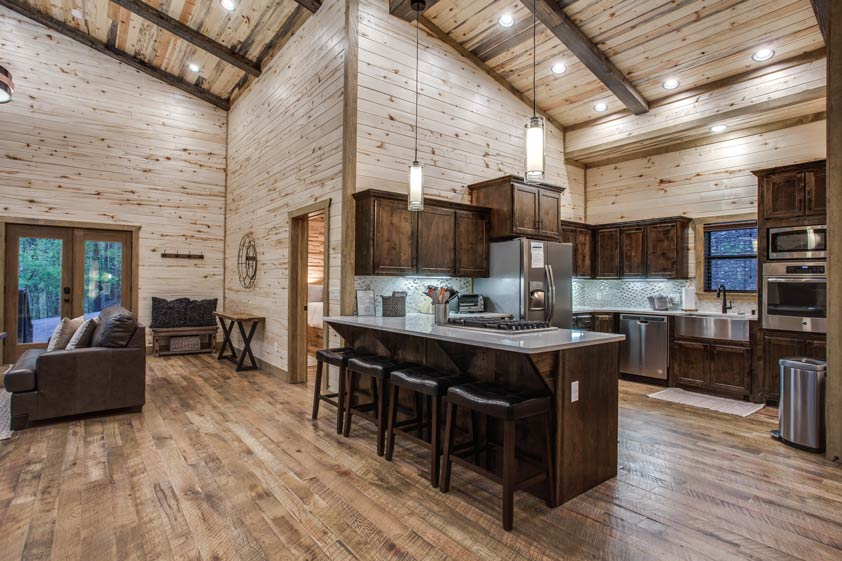 Rustic Hollow Cabin | Kitchen Perfect for Entertaining