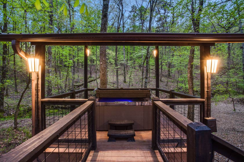 Rustic Hollow Cabin | Secluded Hot Tub