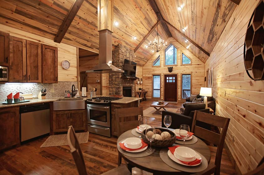 Rustic Retreat | Kitchen & Dining Room