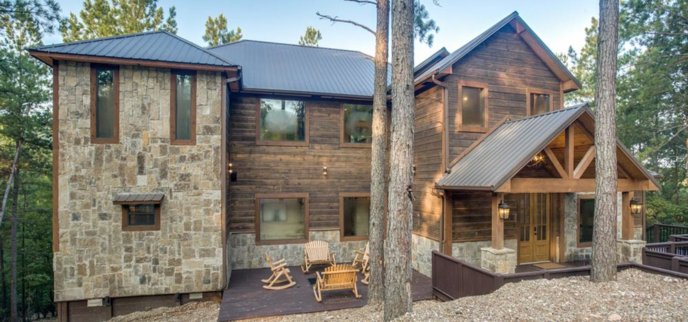Rustic Mountain Lodge | Luxury 4 Bedroom Cabin