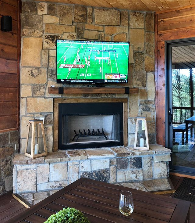 Dreaming of fall, football, and a cool breeze on the deck of a #RusticLuxuryCabins cabin.😍🌲🏈