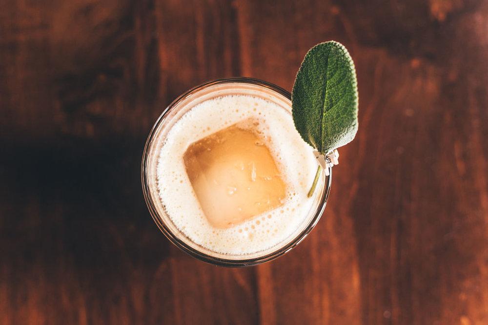 ESS_cocktails_ErikaTownsleyPhoto-106.jpg