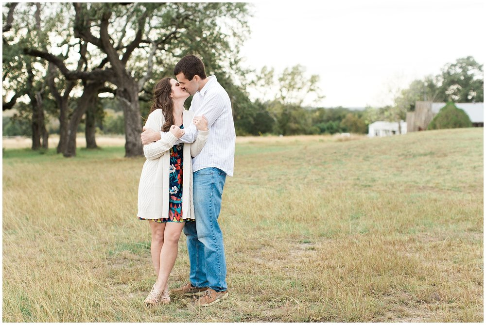 Old_Baylor_Park_Engagement_Session_0005.jpg