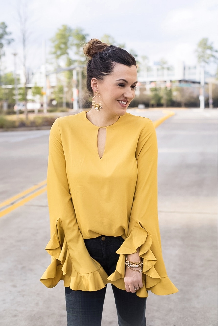 You can shop this exact top below, I am wearing a size Medium for size refernce.