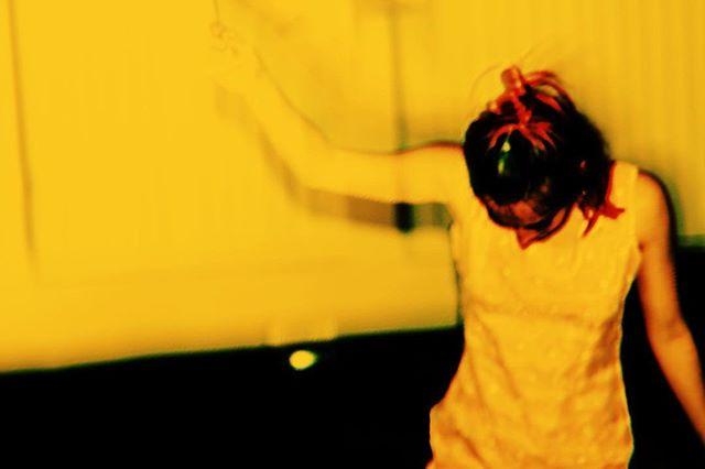 Dancing to @eliotsumner 🤘🏼 📸 @jacobmmccaslin