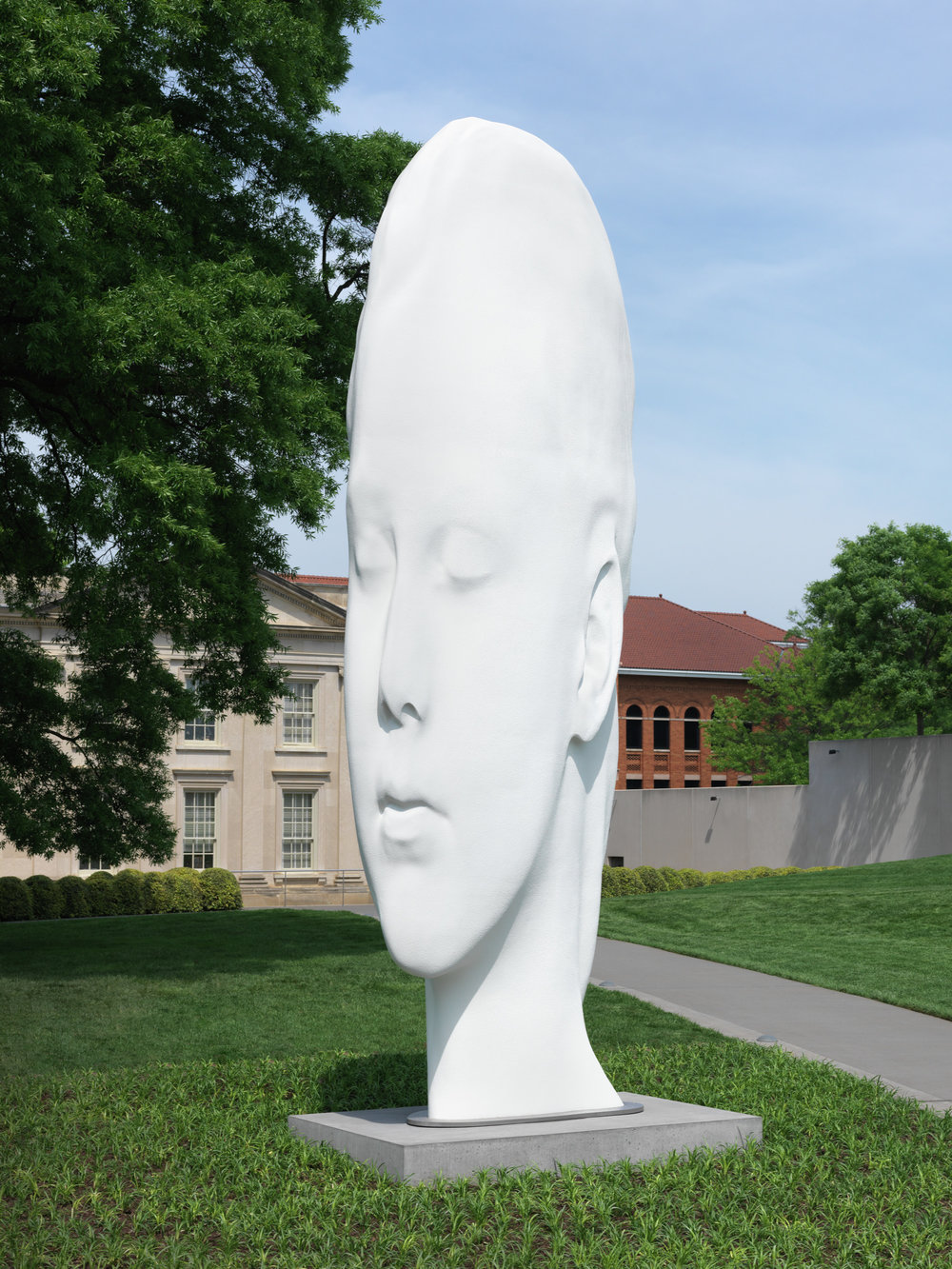 Jaume Plensa,   Chloe,  2016  Polyester resin, marble dust, stainless steel, Virginia Museum of Fine Arts, Adolph D. and Wilkins C. Williams Fund, © Jaume Plensa  Image courtesy of VMFA