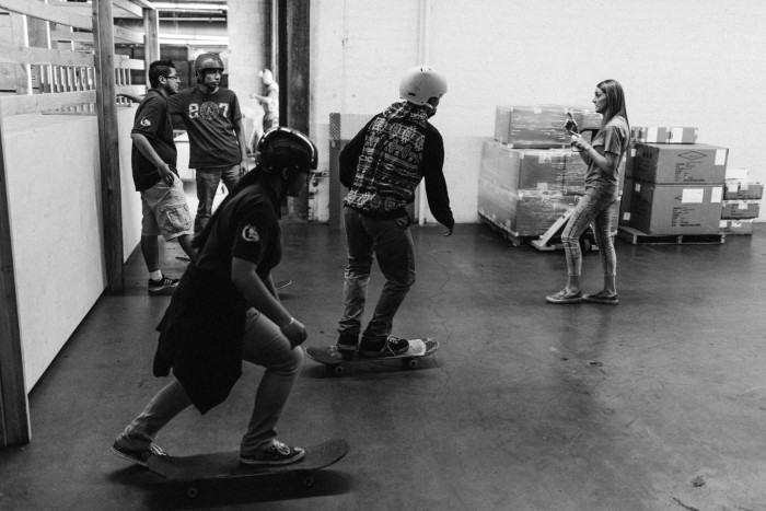 kids skating at rebel8