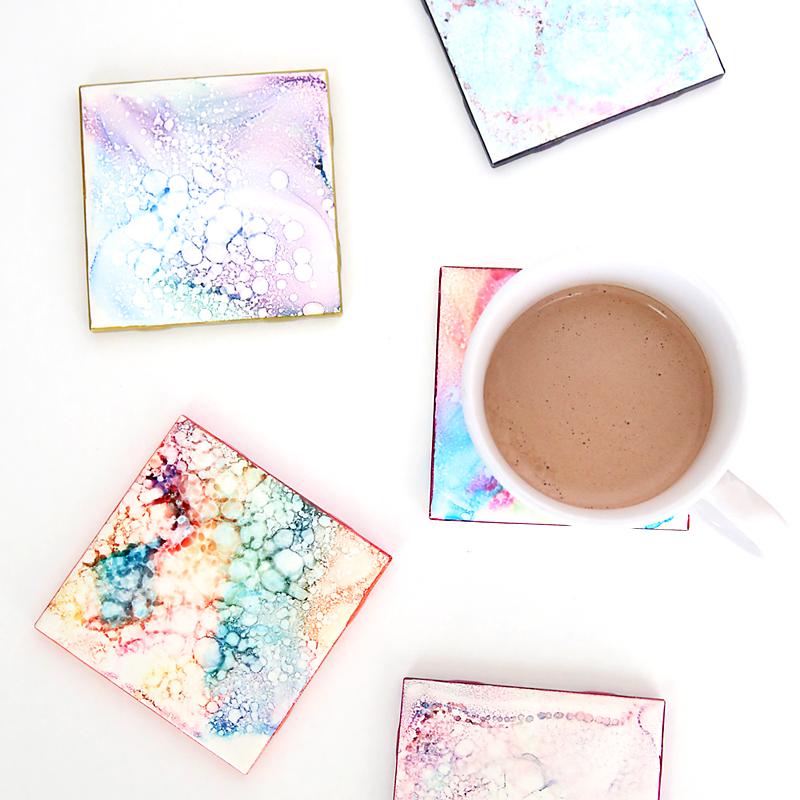 Faux Granite Coasters   These. Are. Gorgeous. Super easy to make!  via  itsalwaysautumn
