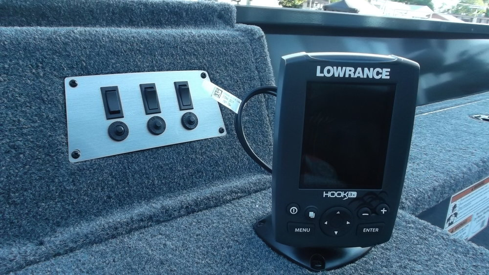 Lowrance Hook3 color graph