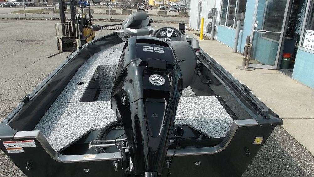 Mercury 25hp 4 stroke with power trim/tilt and plenty of power to get you to the fishing hole