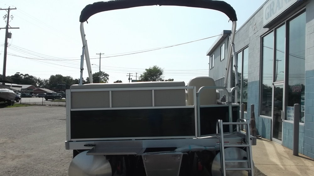 Mercury 25hp 4 stroke outboard and starboard external fuel tank are included