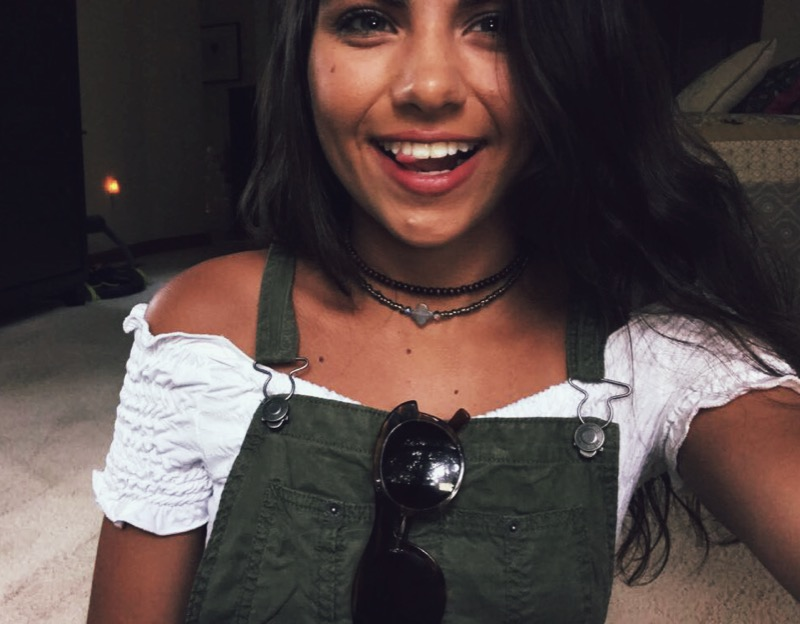 Chokers on top/  Choker on the bottom / overalls/ crop top( similar one )