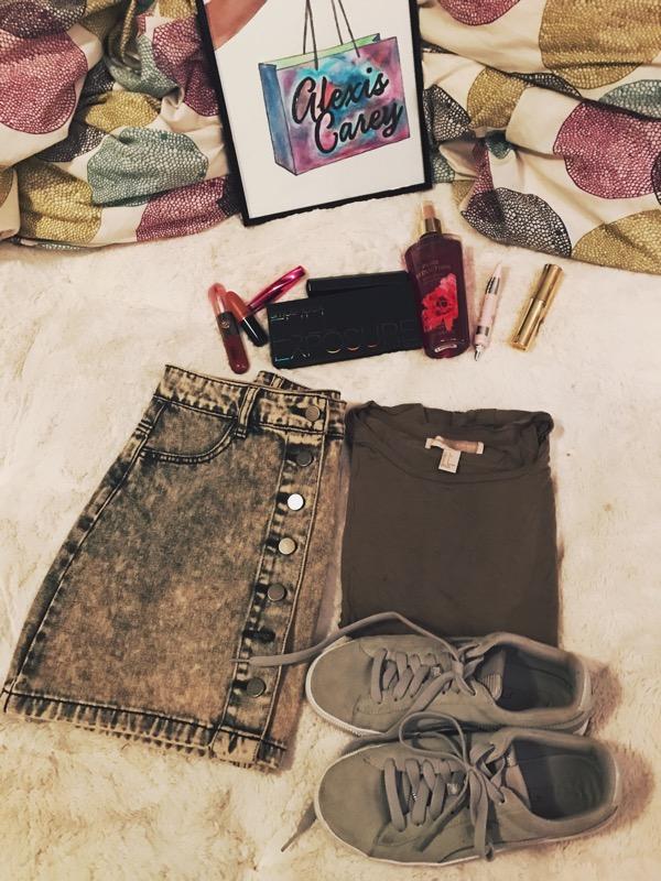 skirt /shirt ( similar )/shoes ( similar )