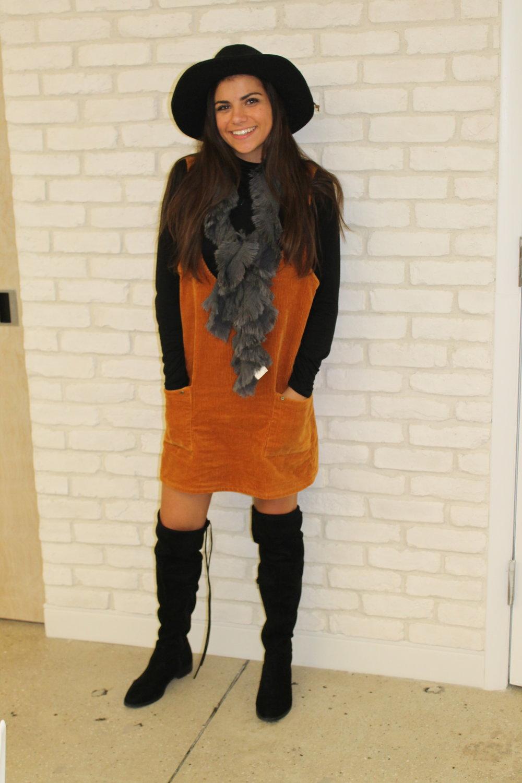 hat / shirt /dress( similar )/ boots