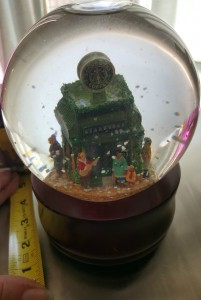 1 - 1 - 20150614_170304[1] The Starbucks Snow Globe