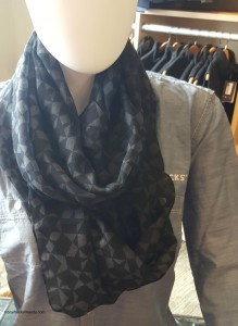 2 - 1 - 20150724_102451[1] new Starbucks MSR infinity scarf