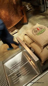2 - 1 - 20151011_070551[1] green coffee loading pit