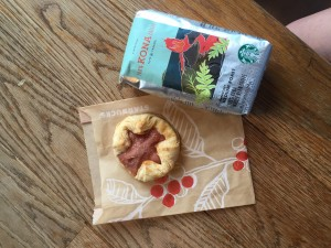 IMG_1385 100 percent Kona coffee and pastry
