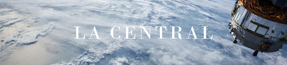la central de lugares para la iglesia mundial espacio exterior la tierra por encima de las nubes