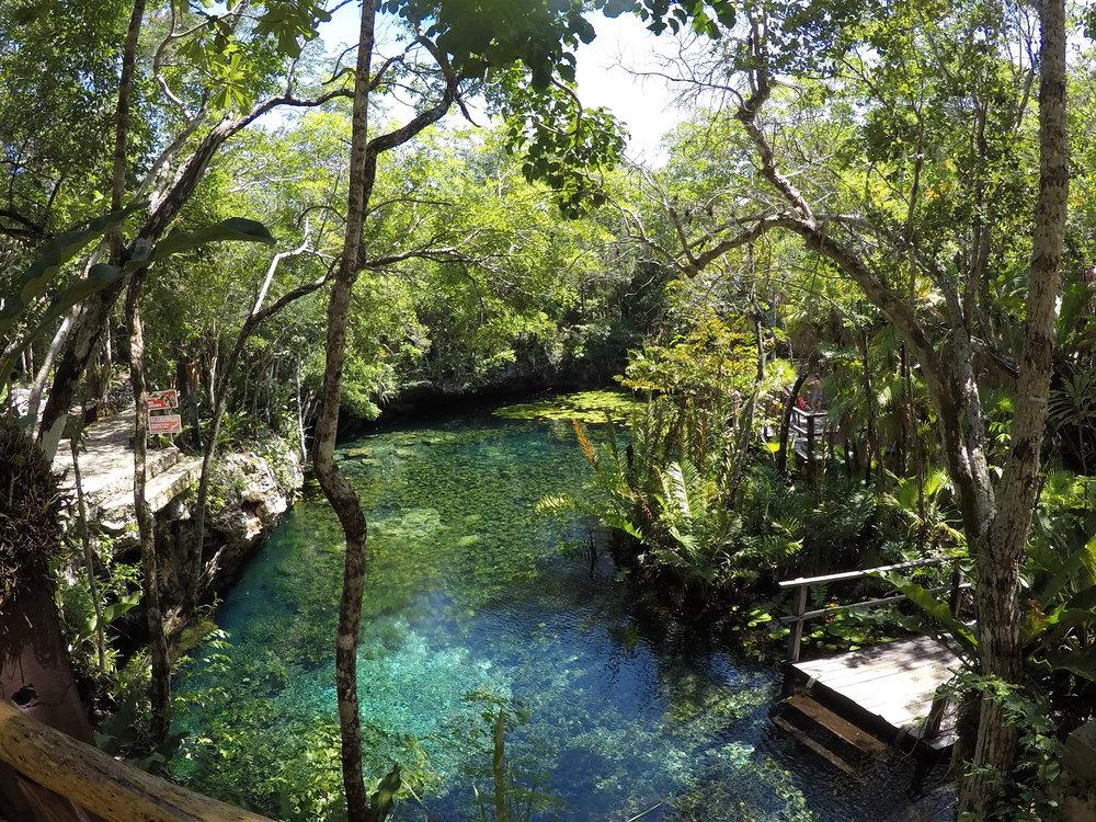 Cenote dos ojos nicte ha.JPG