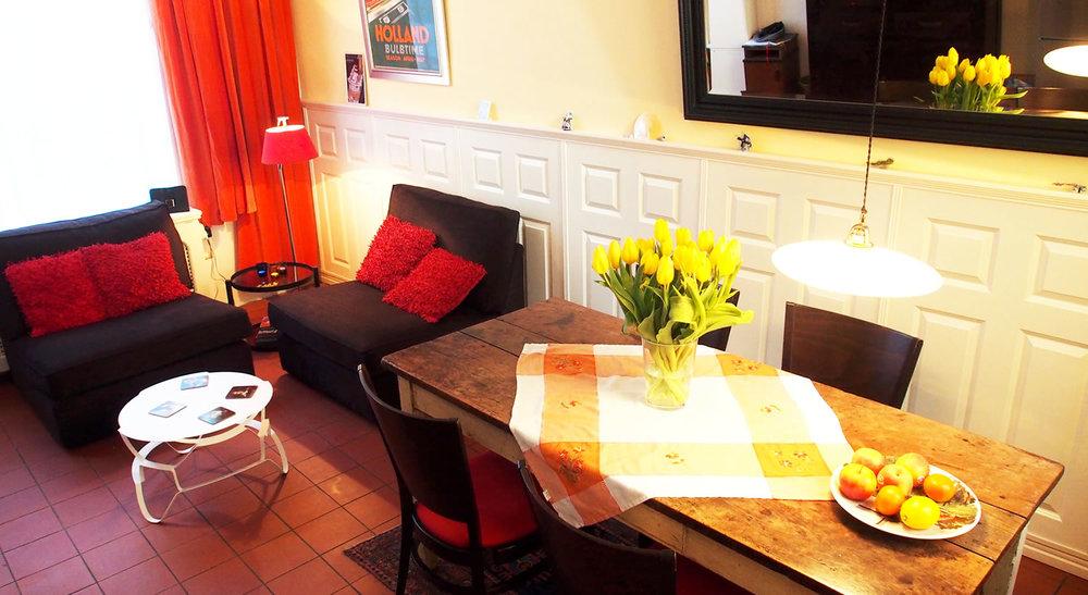 Dining/Sitting Area