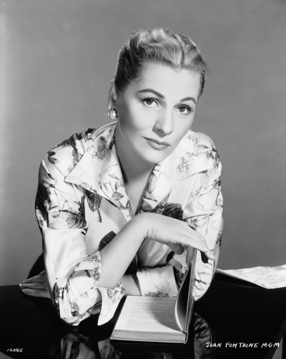 Joan Fontaine 5.jpg