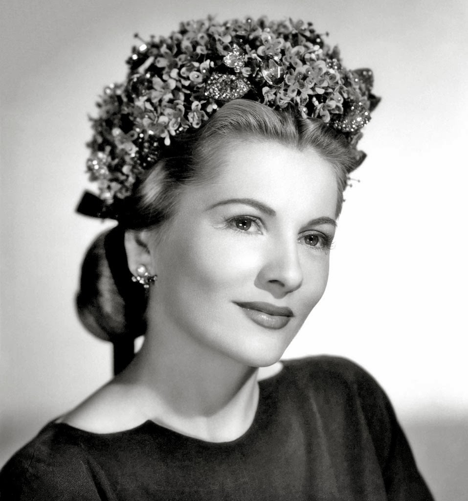 Joan Fontaine 12.jpg